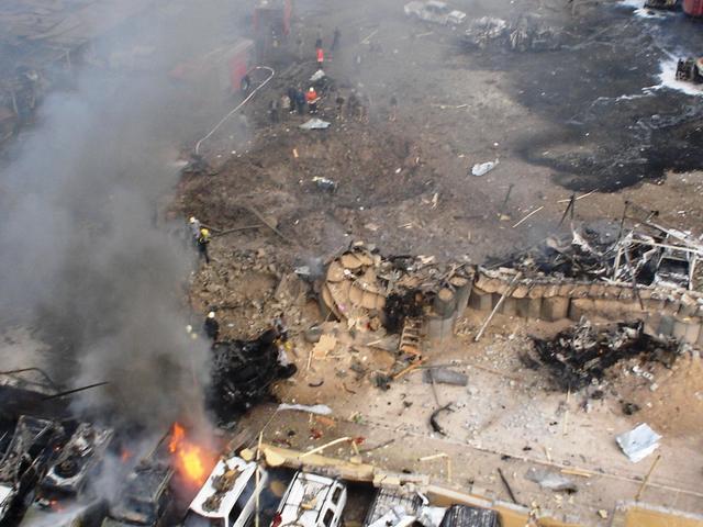 Iraq_hotel_truck_bomb_mar_9_05_125