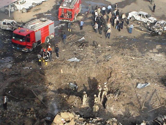 Iraq_hotel_truck_bomb_mar_9_05_175